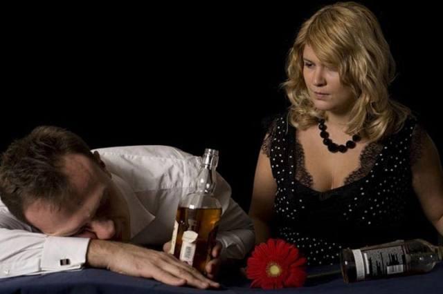 Муж - запойный алкоголик