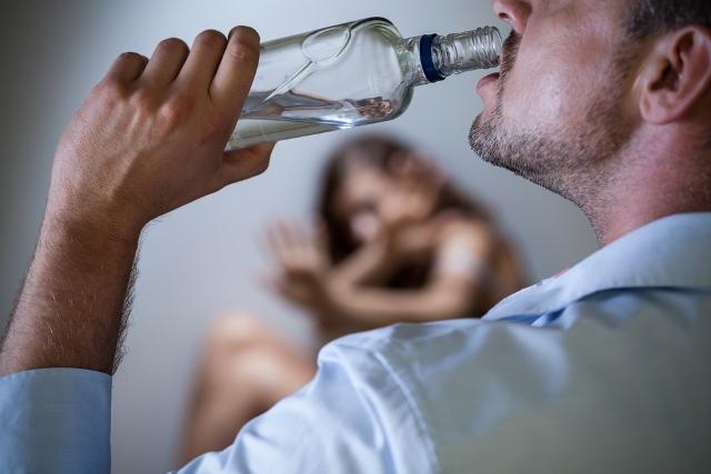 Жизнь с родителями-алкоголиками