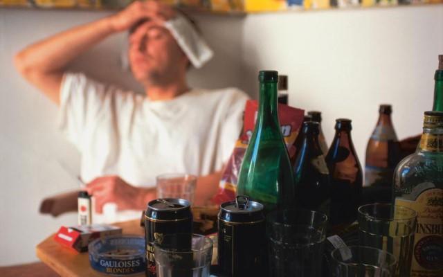 Как быстро избавиться от похмелья в домашних условиях?