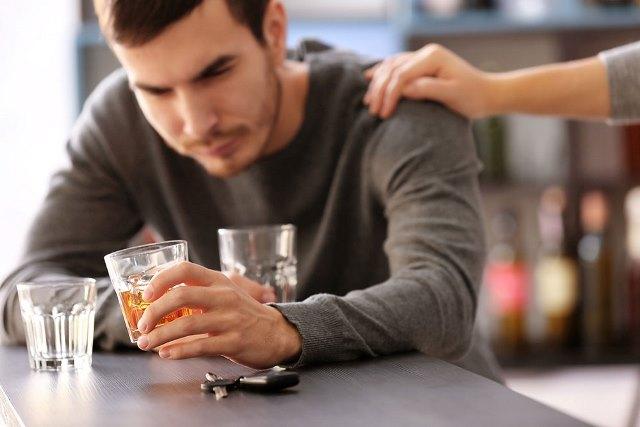 Помощь хроническим алкоголикам