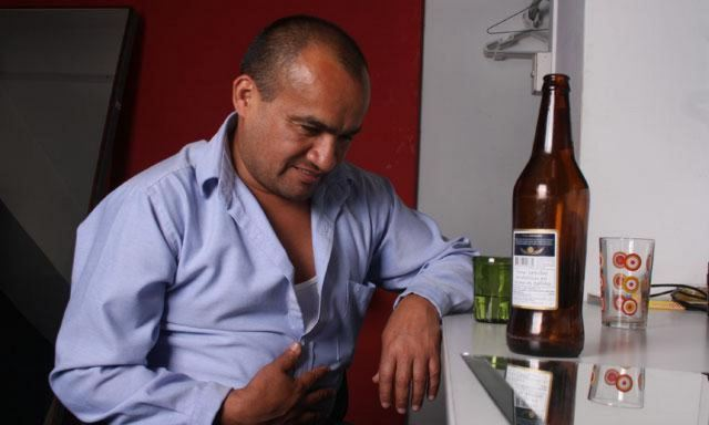 Разрушительное действия алкоголя на желудок