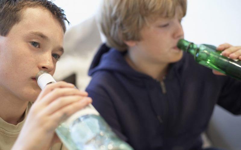 Что может сделать родитель, если ребенок пьет